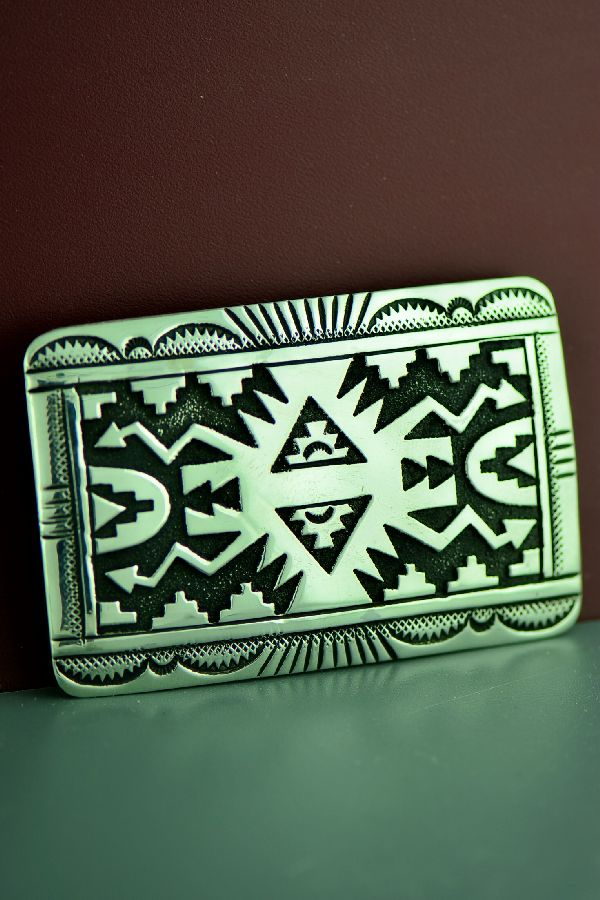 Thomas Singer Rug Design Buckle