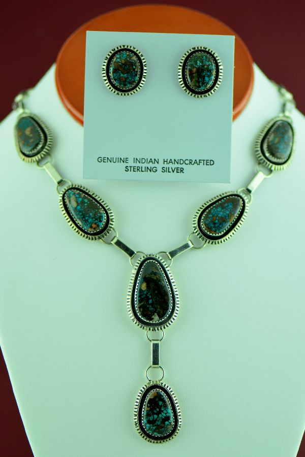 Bisbee Turquoise Necklace and Earrings