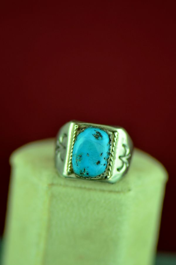 Size 8 Turquoise Ring