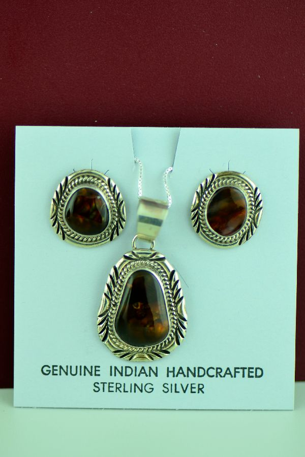 Will Denetdale Fire Agate Pendant and Earrings
