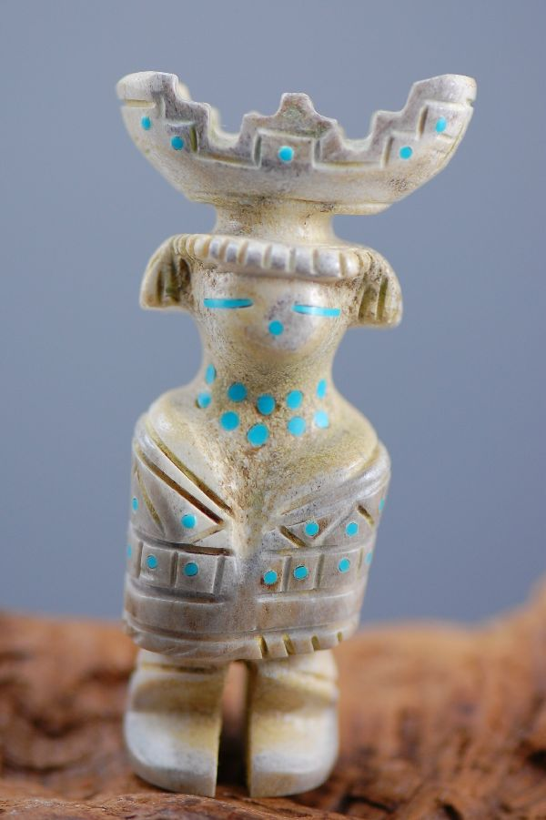 Zuni Hand Carved Zuni Maiden