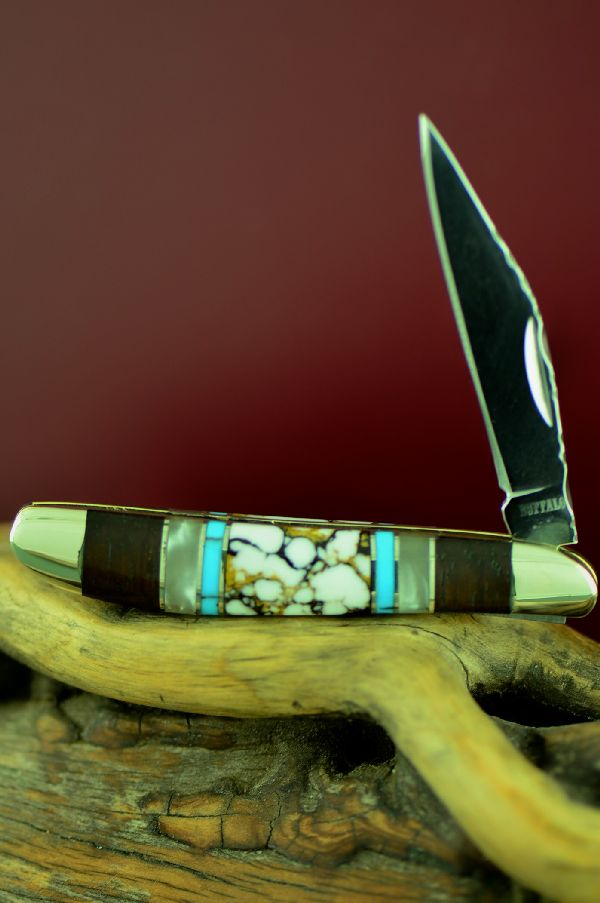 Cherokee Pocket Knife with Wild Horse Magnesite