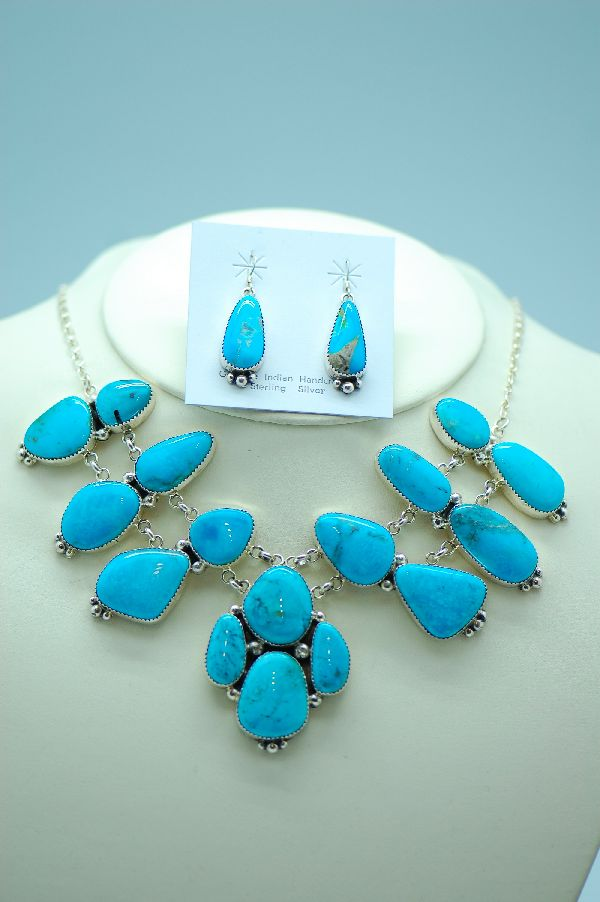 Contemporary Native Amerian Turquoise Necklace