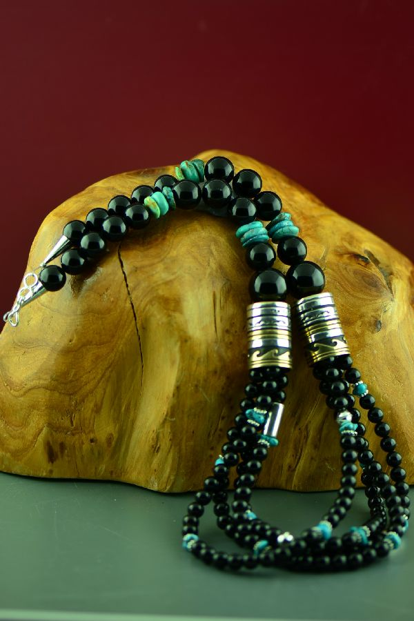 Navajo Black Onyx and Kingman Turquoise Necklace