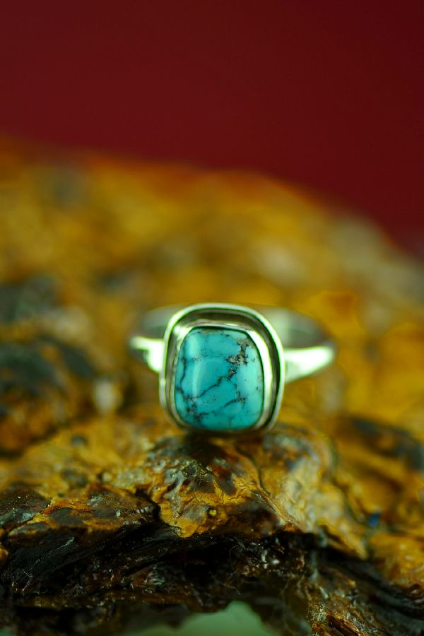 Size 7 Navajo Bisbee Turquoise Ring