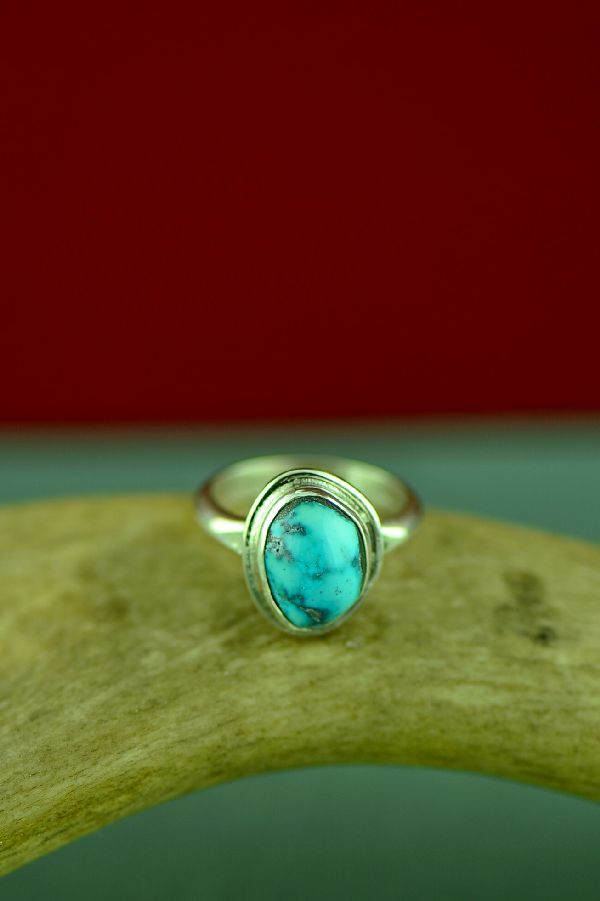 Authentic Bisbee Turquoise Navajo Ring