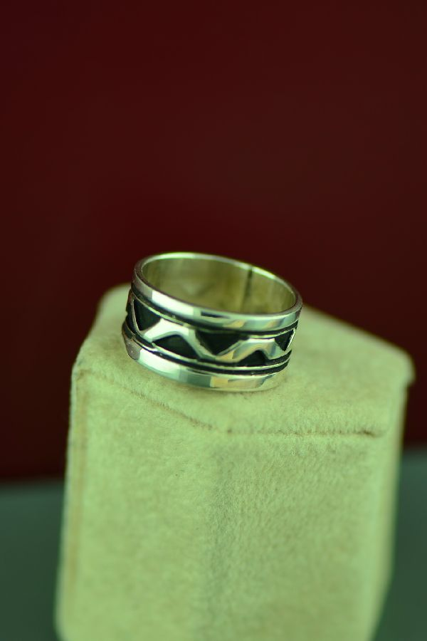 Navajo Mountain Symbol Band Ring