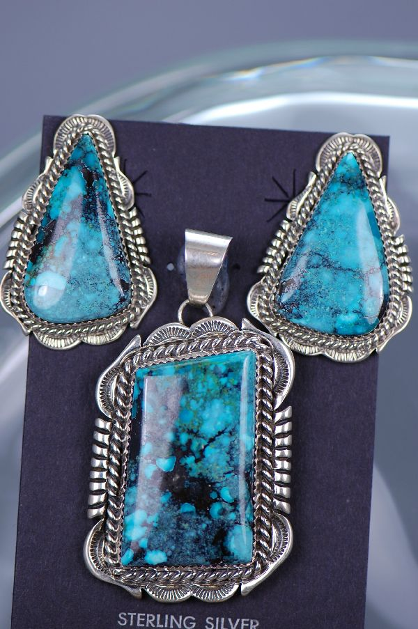 Native Amerian China Mountain Turquoise Pendant
